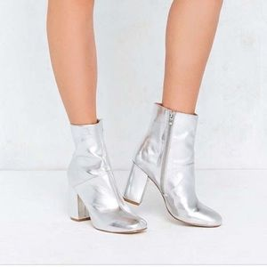 Urban Outfitters Silver Metallic Ankle Boots